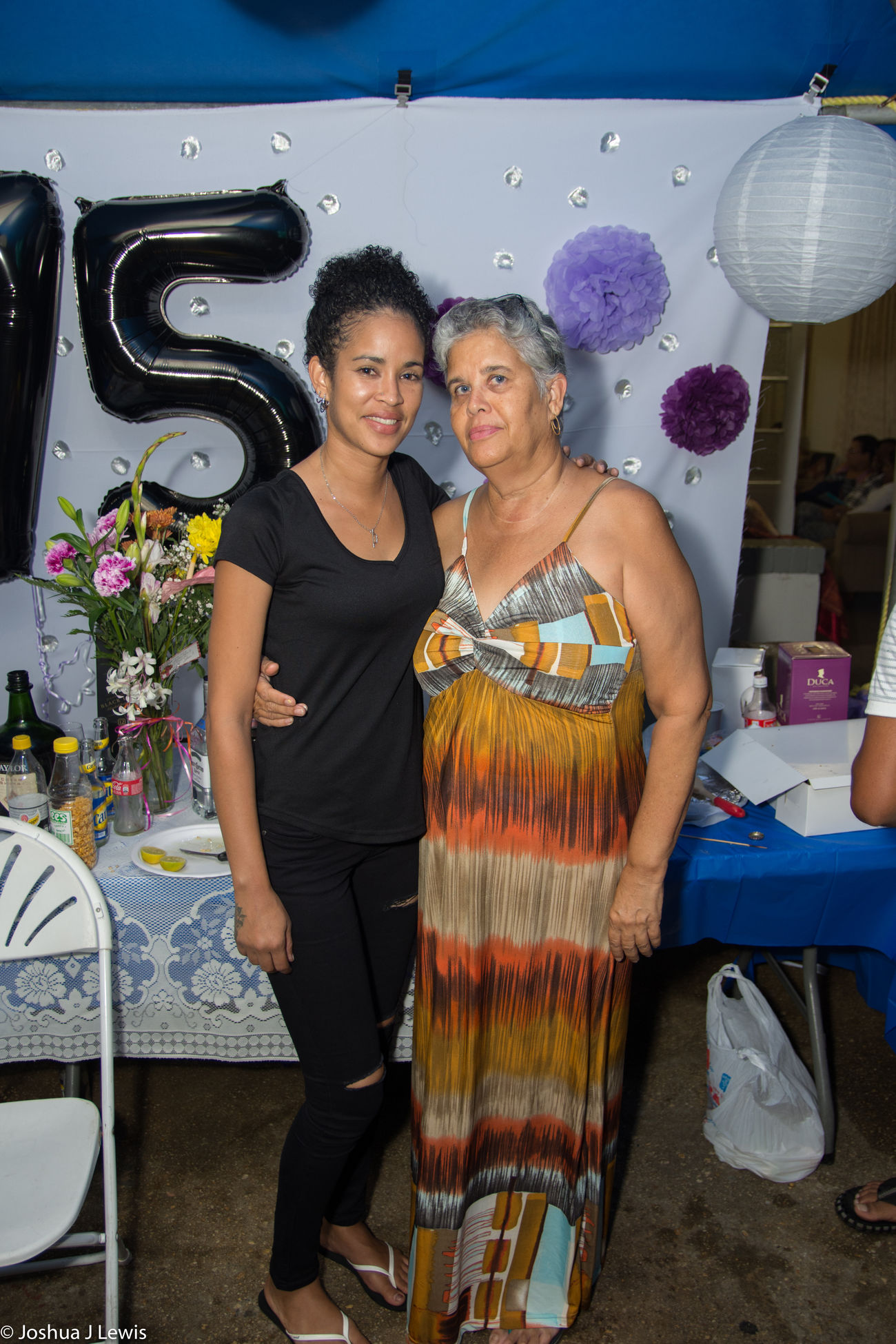Togetherness Casual Clothing Looking At Camera Birthdayparty Beautiful People Stillife Laughing Caribbean Trinidad And Tobago Beautiful Love Real People Party - Social Event Celebration Happiness FamilyTime Smiling Food And Drink