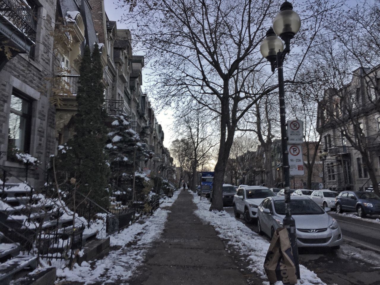 Early Winter Sidewalk Building Exterior Architecture Tree Car The Way Forward Built Structure Land Vehicle Road City Outdoors Bare Tree No People Sky