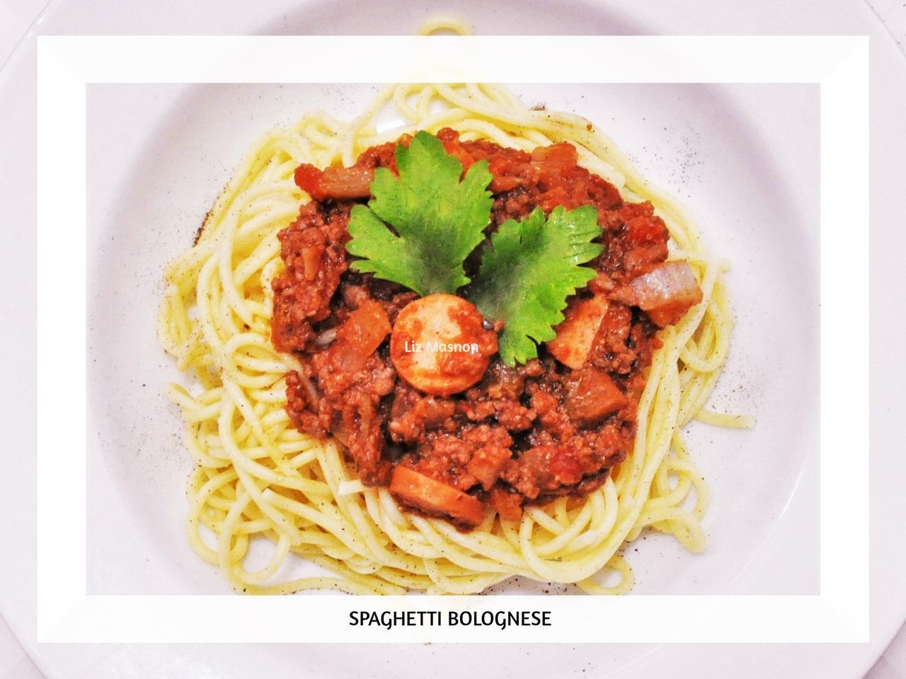 Food Freshness Meat Ready-to-eat Spaghetti Bolognese