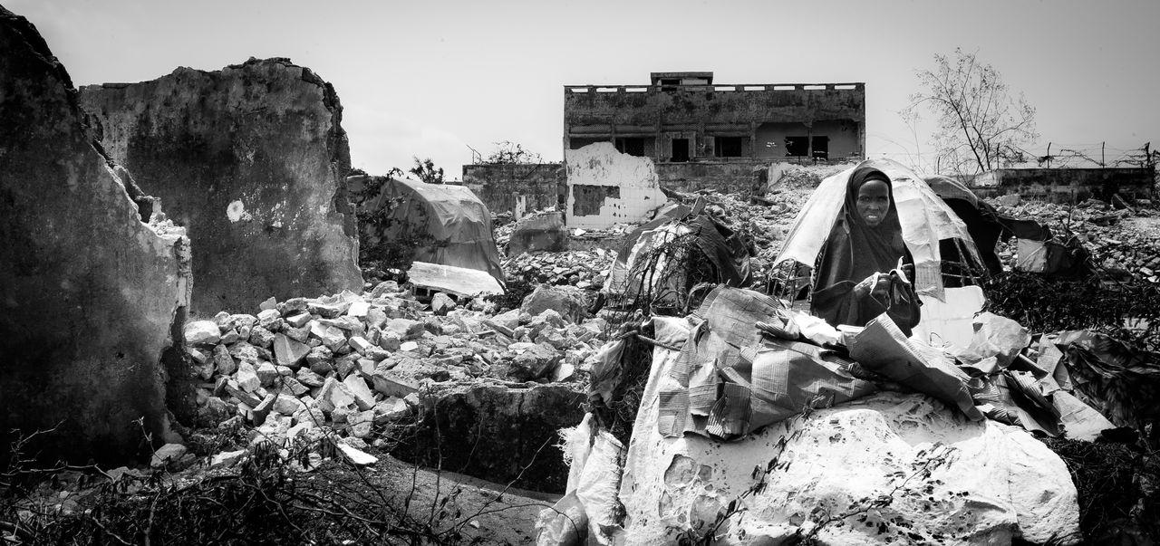 Africa Civil War Damaged Destruction Hopeless Mogadishu, Somalia Terror War Gewalt Civil Disturbance Anarchy Insecurity The Photojournalist - 2017 EyeEm Awards Insecure Bürgerkrieg Terrorism EyeEmNewHere Reportage The Photojournalist