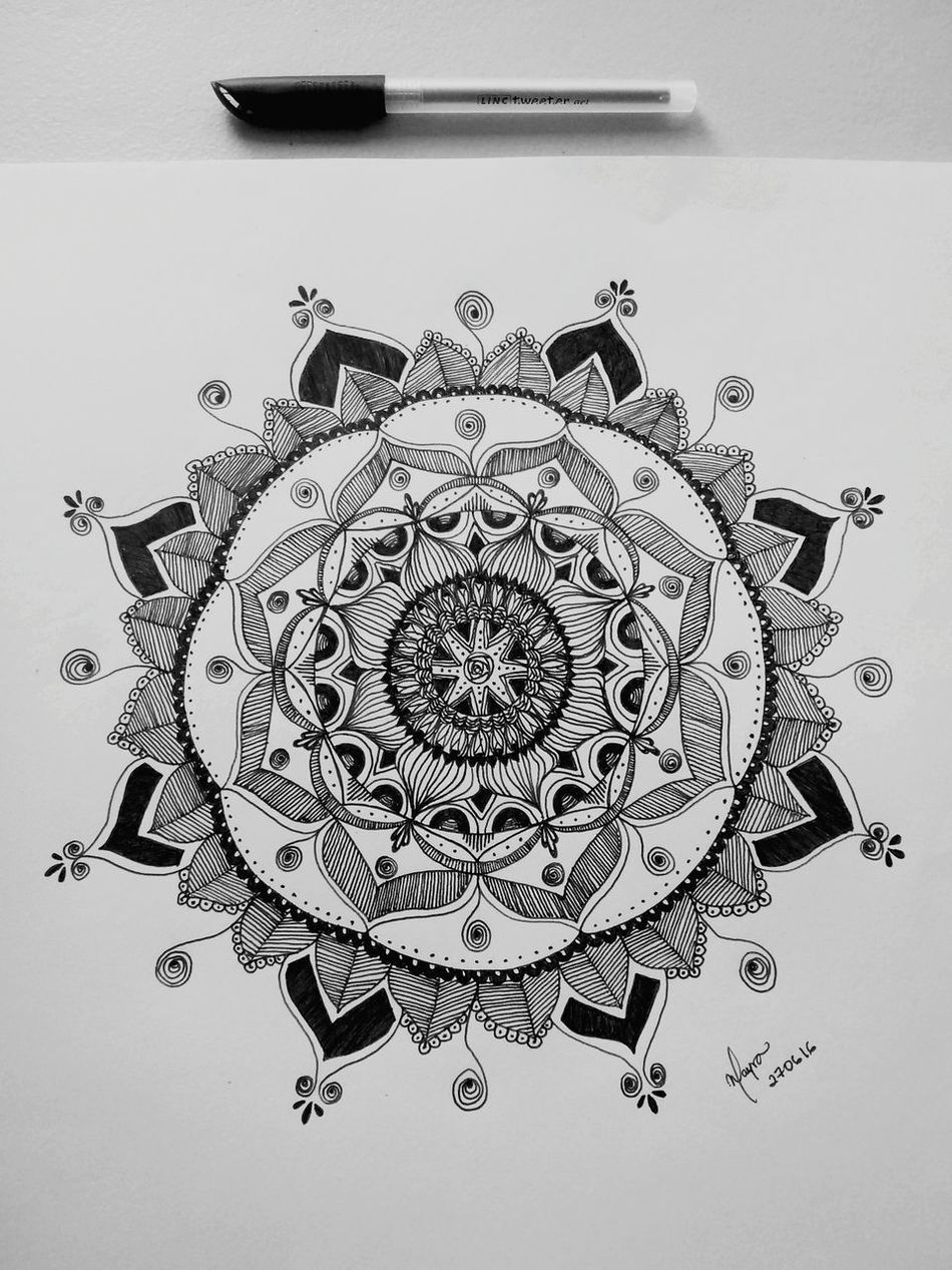 Black And White Zentangle Zentangleart Mandala Mandala Of The Day Zendala Being Inspired Being Creative. Expressing Myself. Drawing ✏ Draw Doddles Patterns Peaceful Moment Concentration Relaxing Taking Photos