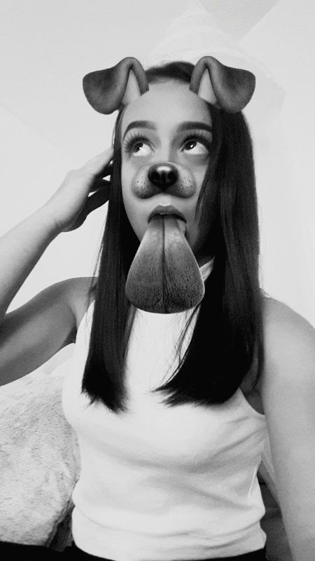 🐶_____Portrait Snapchat Croatia Girl Beautiful Woman Black Hair Fashion Photography Blackandwhite