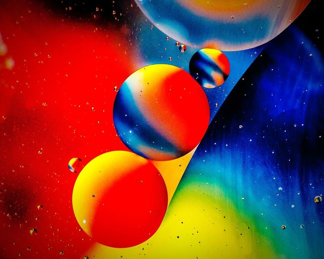 Oil Oil Drops On Water Over Tie Dye Fabric Colour Of Life Close-up Beautiful NiceShot