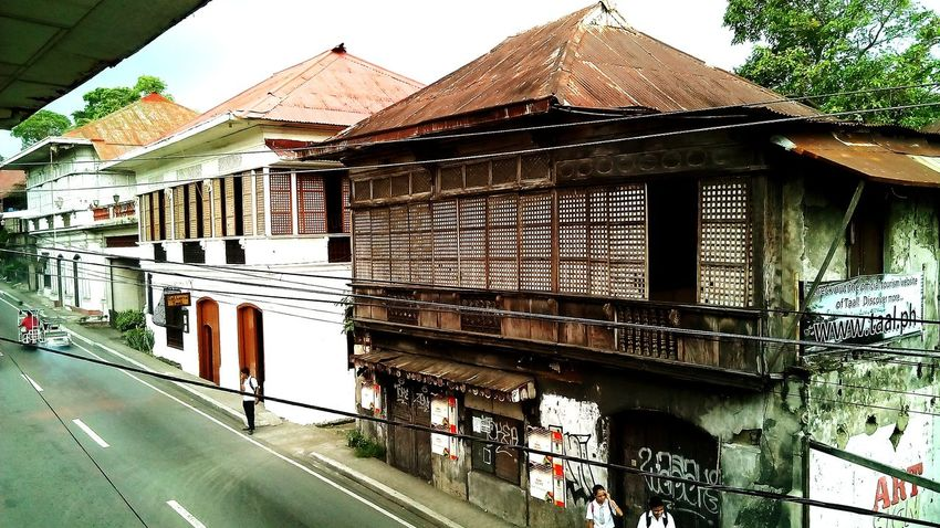 Philippines Old Houses Wandering Around