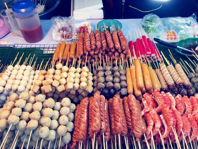 Everything In Its Place Foodstand Fish Sausage Stick Sticks Food Meatballs Organized Neatly👍😝 Composition Foodphotography Streetphotography Eyeem Streetphotography Nightmarket Variety Senses Eyecatcher Clean Organic Organic Food EyeEm Gallery EyeEm Best Shots Street Food Worldwide Color Of Life Still Life