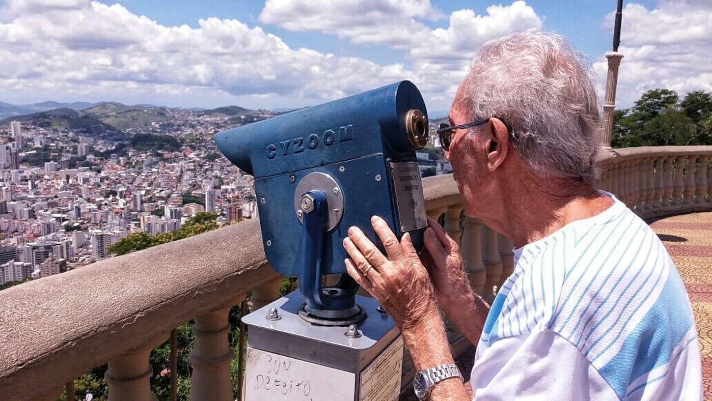 The Portraitist - 2016 EyeEm Awards Looking To The City Sun Light Bue Sky Belvedere Natural Light Portrait