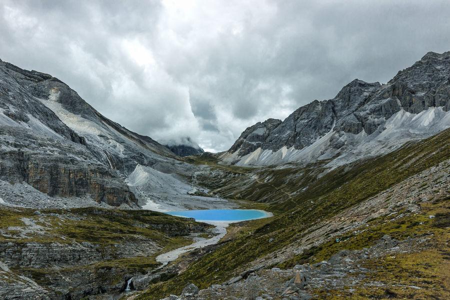 中国亚丁牛奶海 China Photos Cloud - Sky Landscape Milktea Mountain Mountain Range Nature Outdoors Scenics Snow Sunlakes Tibet 亚丁 牛奶海