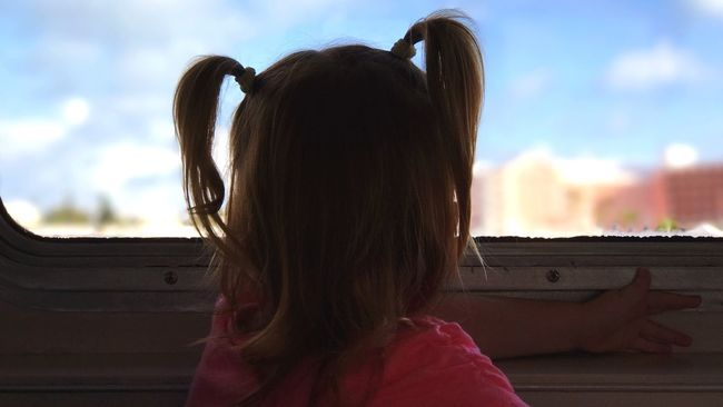 Ferry ride Bermuda Ferry Ferryboat Toddler  Toddlerlife Watching The Waves Watching The World Go By Rear View Headshot Leisure Activity Lifestyles Person Long Hair Child Close-up Focus On Foreground Black Hair Sunny Human Hair Sky Innocence Day Cloud - Sky Straight Hair Human Face