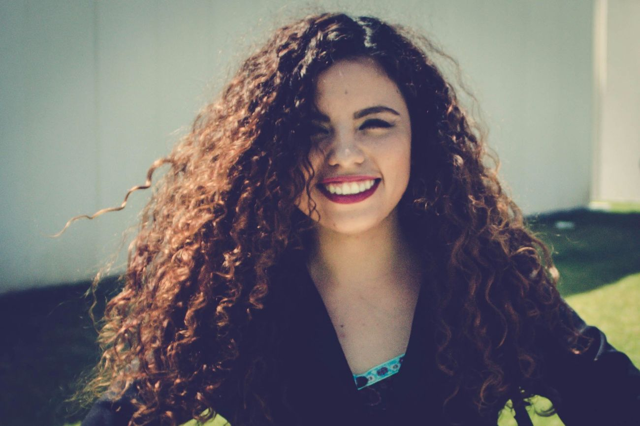 Hello Faces Of EyeEm Long Hair Portrait Young Women MexicanGirl Vscocam Hello World That's Me Curly Hair