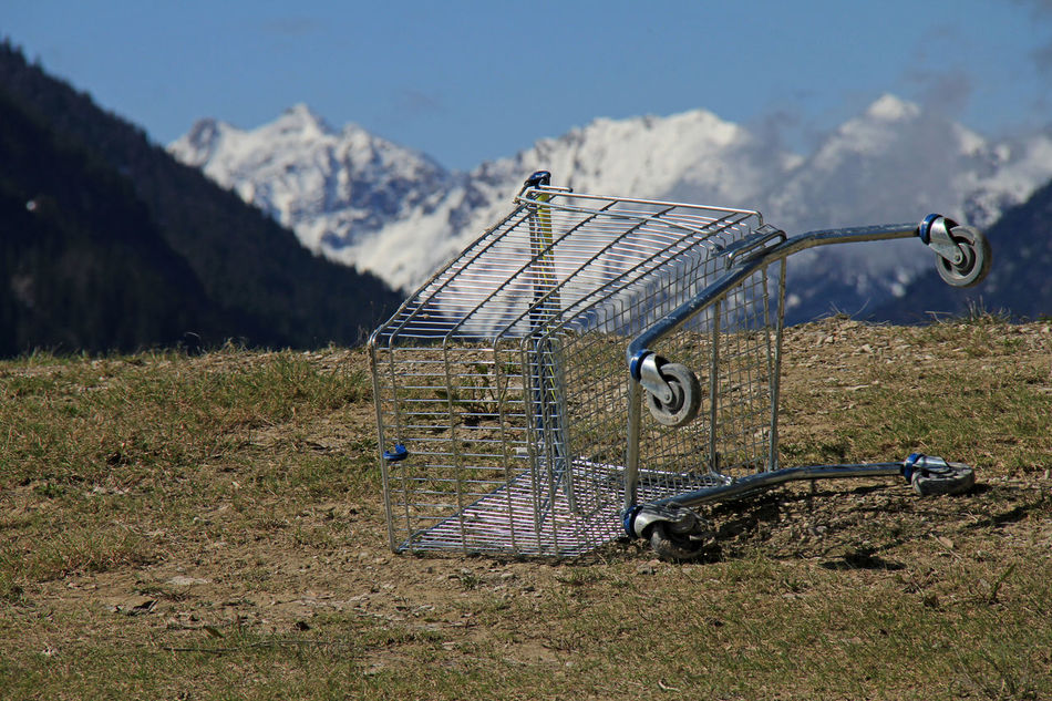 Alps Countryside Countryside Landscape Day Fiktiv Illusorisch Imaginary Imaginary Landscapes Mountain Nature No People Outdoors Shopping Cart Surrealism Surrealism And Fantasy Art Surrealist Art