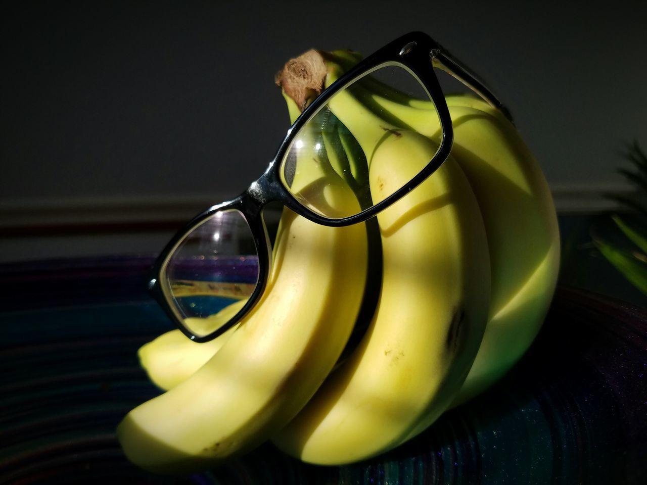 Iseebananas Banana Fruit Nerd Glasses  Dork Fruit Natural Light GalaxyS7Edge Galaxy Camera