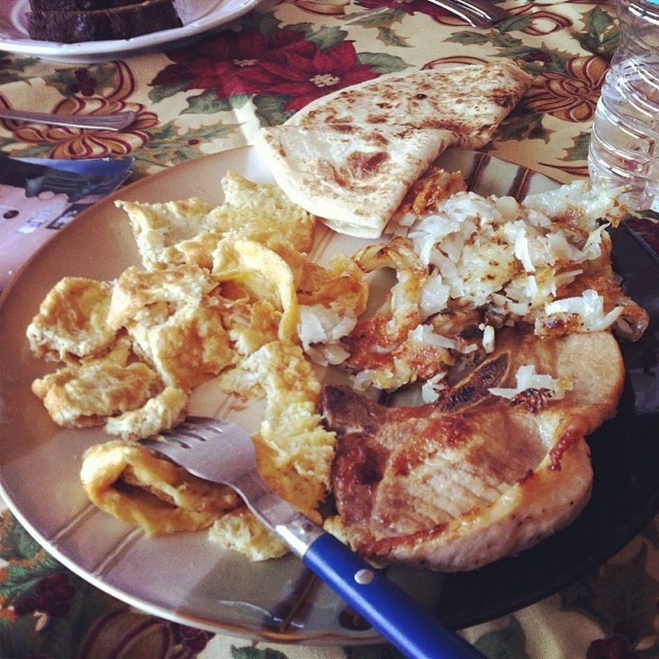 Actual Mexican breakfast. Miss this life style. Cousin is spoiling the shut out of me with food. Miss her and I dearly love her. Cousinsareawesome Mexicanbreakfast Yummy Missbeingwithmyrealfamily