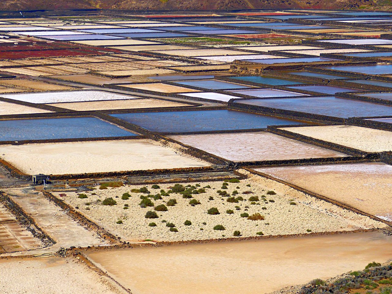 agriculture, salt - mineral, salt flat, salt basin, water, nature, outdoors, day, full frame, tranquility, beauty in nature, no people, irrigation equipment