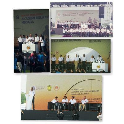 Petang tadi punya cerita . Majlis Perasmian Pelan Pembangunan Bola Sepak Negara & Majlis Perasmian Akademi Bola Sepak Negara . At Gambang . By PM . Kmph