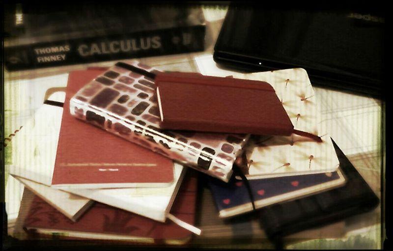 Bir insan aynı anda en fazla kaç not defteri kullanabilir .. My Notebook Notebook Writing