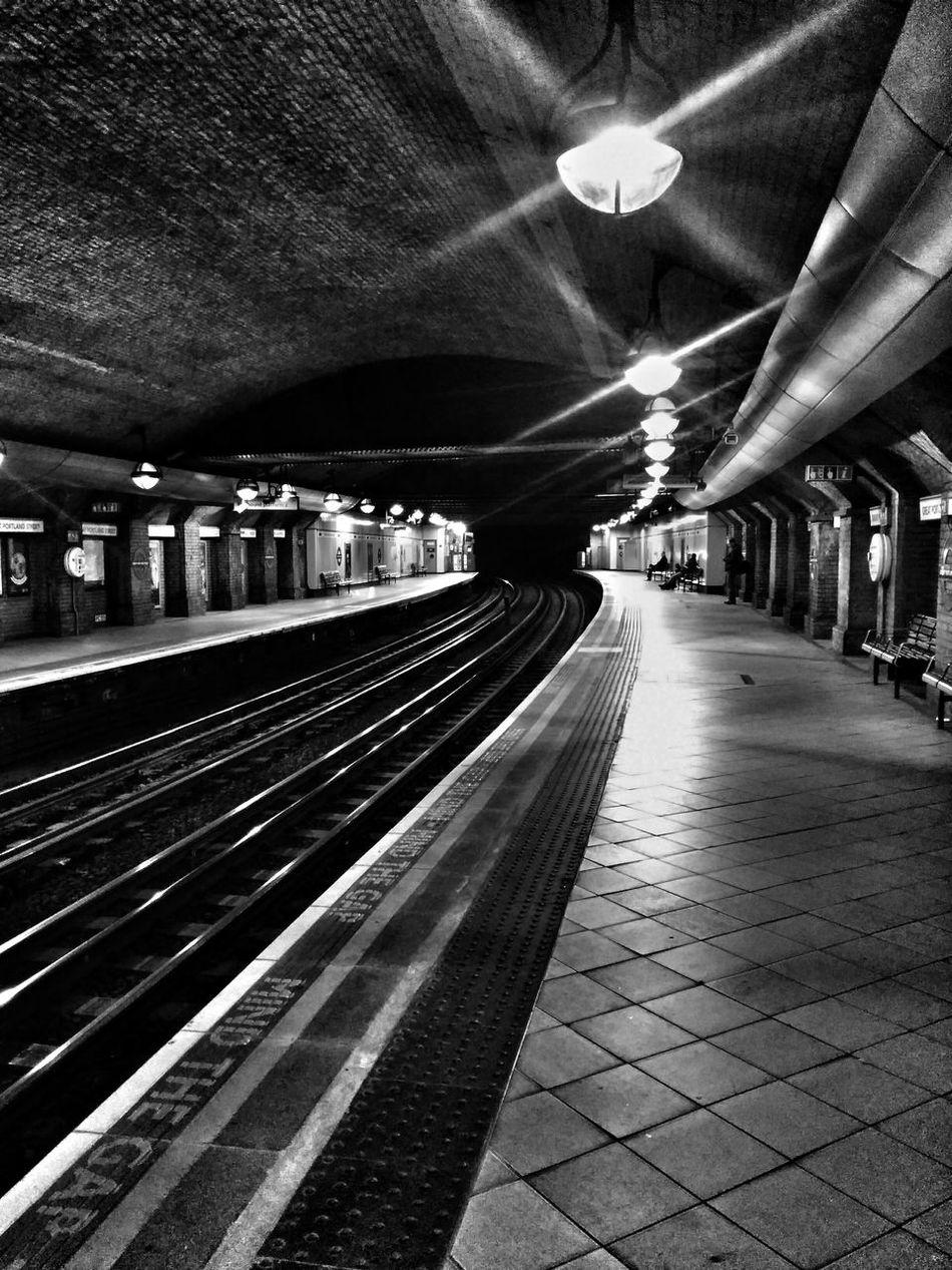 Award Winning Photos Black Black And White Darvishian Formerlydar Formerlydarv Hdnsk London Negative Space Noir Spitafields VSCO