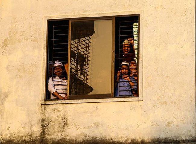 Madrasa Students Window Freedomnotfound Hafezie Wall Islam Religion Windowframe