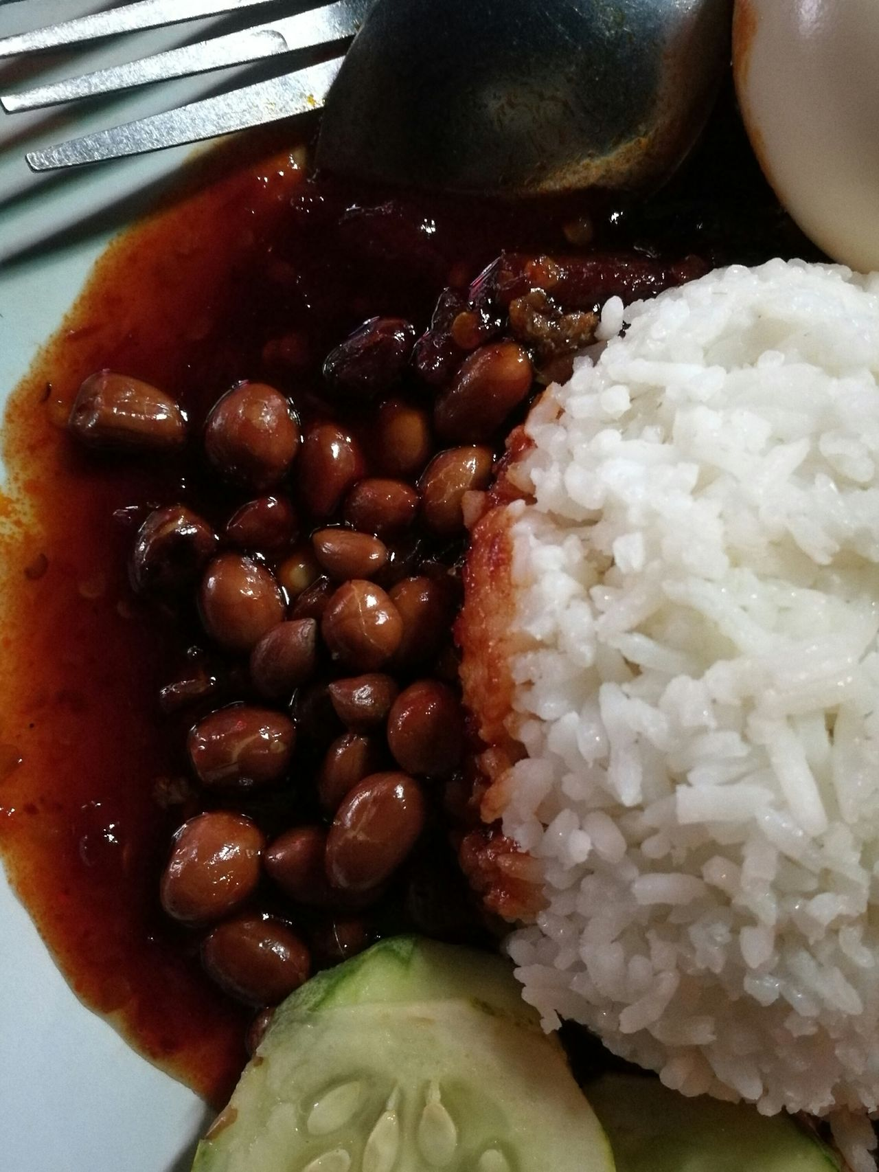 Close-up Food Nasilemak Nasi Lemak Malaysia Friedgroundnuts Boiledegg Coconut Milk Cooked Rice Foodphotography Foodie Foodstagram Foodgasm Foodpic