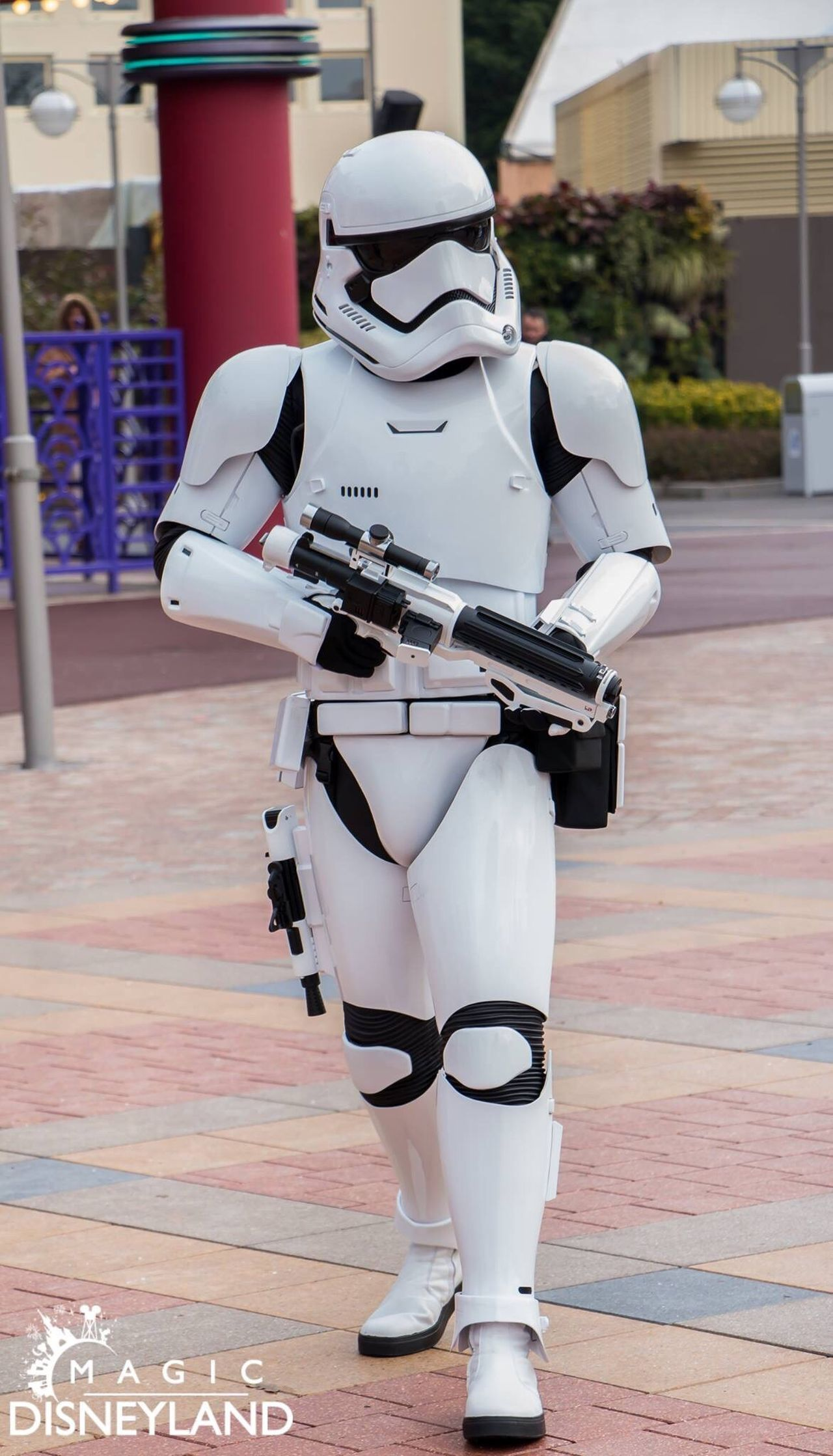 One Person Adults Only Protection Disneylandparis Waltdisney Disney Disneyland Resort Paris Starwars Disneyland Disneyland Paris