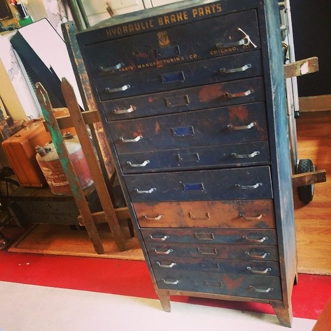 This amazing cabinet has all of the drawer dividers and is in amazing industrial shape. 4 feet tall 2 feet wide and on sale! $145 is all it takes to take it home! Hingestore Homedecor Industrial Loftliving sale