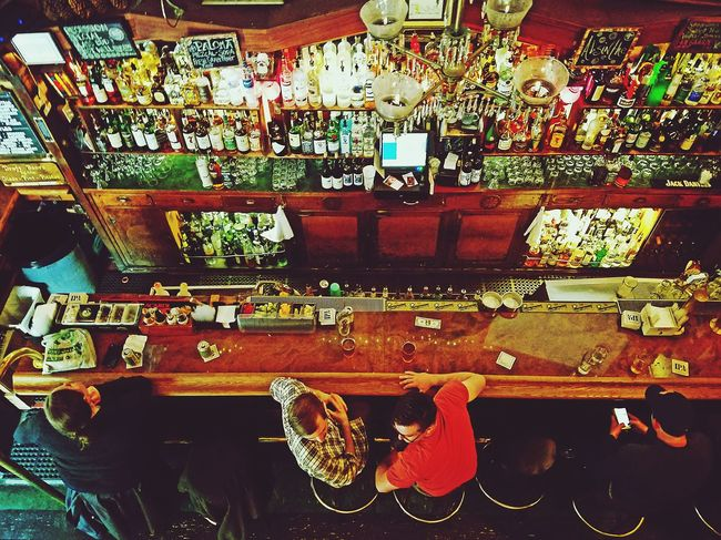 Bars And Restaurants Bars Hanging Out View From Above People Watching Alcohol Drinks Socializing Chilling Outandabout Bartender Booth Drink Ambiance Barscene The Street Photographer - 2016 EyeEm Awards