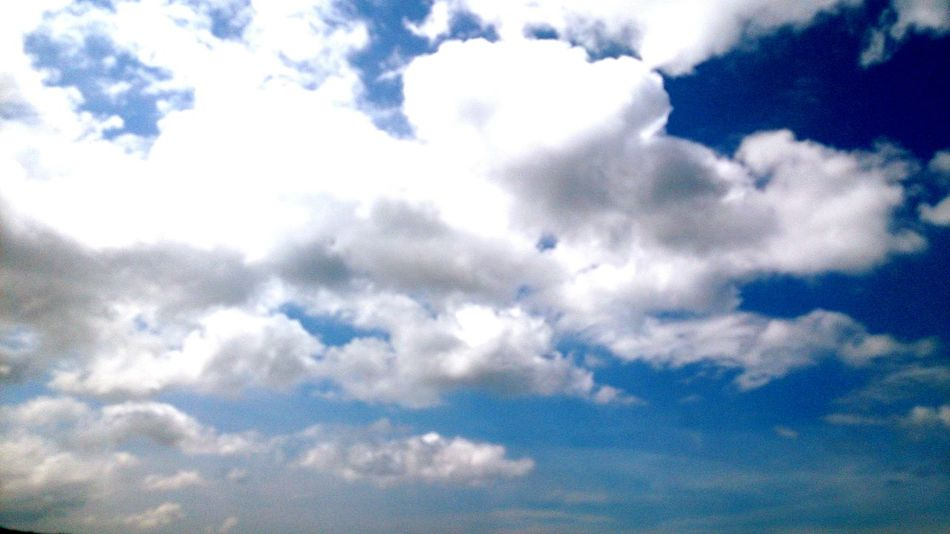 Clouds passed slowly Enjoying The Sun Fulong Enjoying Life EyeEm Best Shots White Clouds Nice Weather Beautiful Day Relaxing Sea