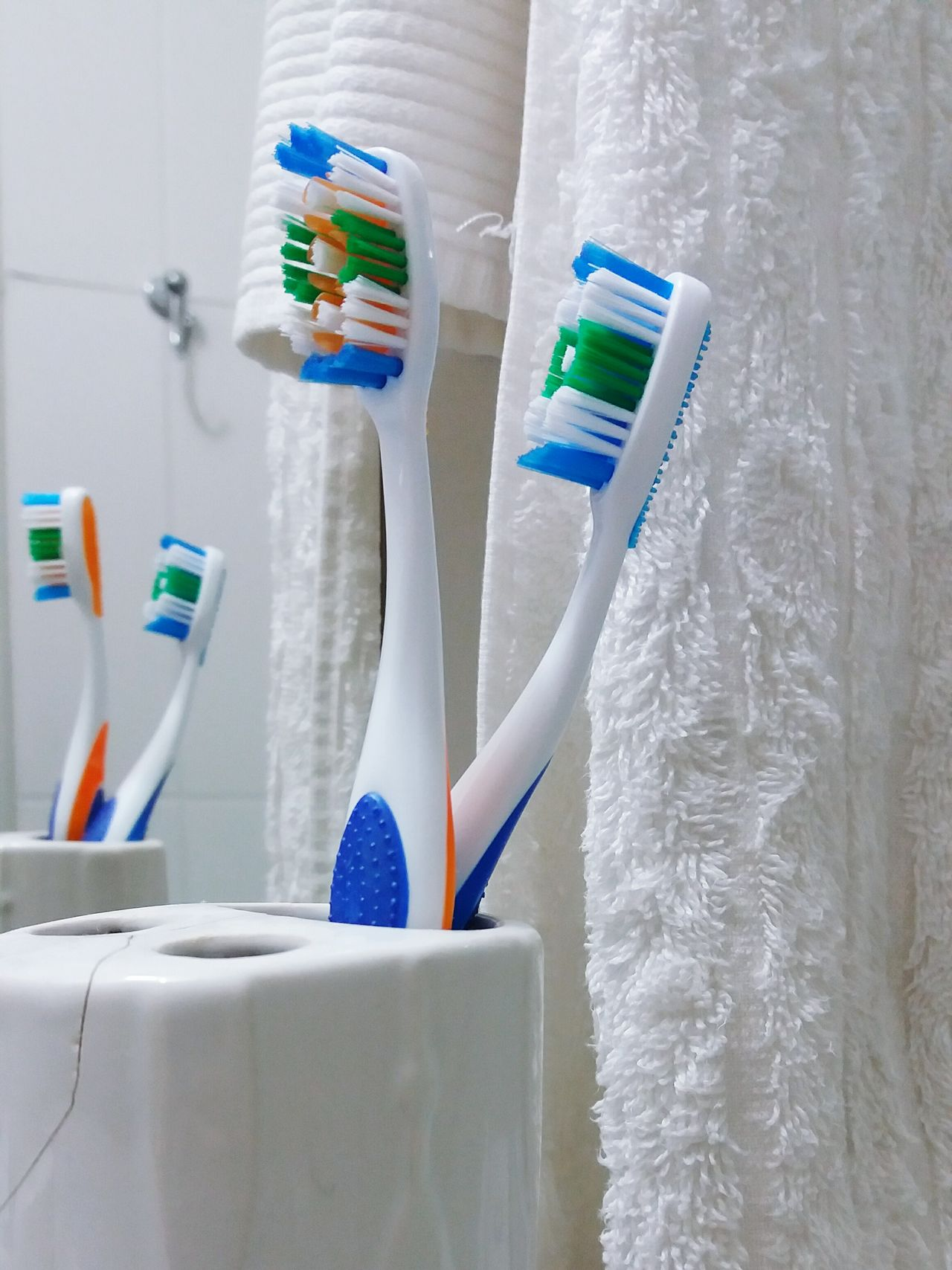Toothbrushes Toothbrushing Juntando As Escovas Couples Shoot Bathroom Pic Sink Living Together In My House Marriage  Tie The Knot Interior Views