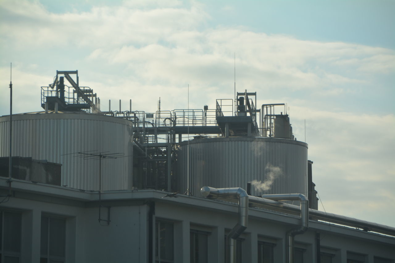 cloud - sky, sky, industry, day, built structure, outdoors, factory, no people, building exterior, architecture, oil industry