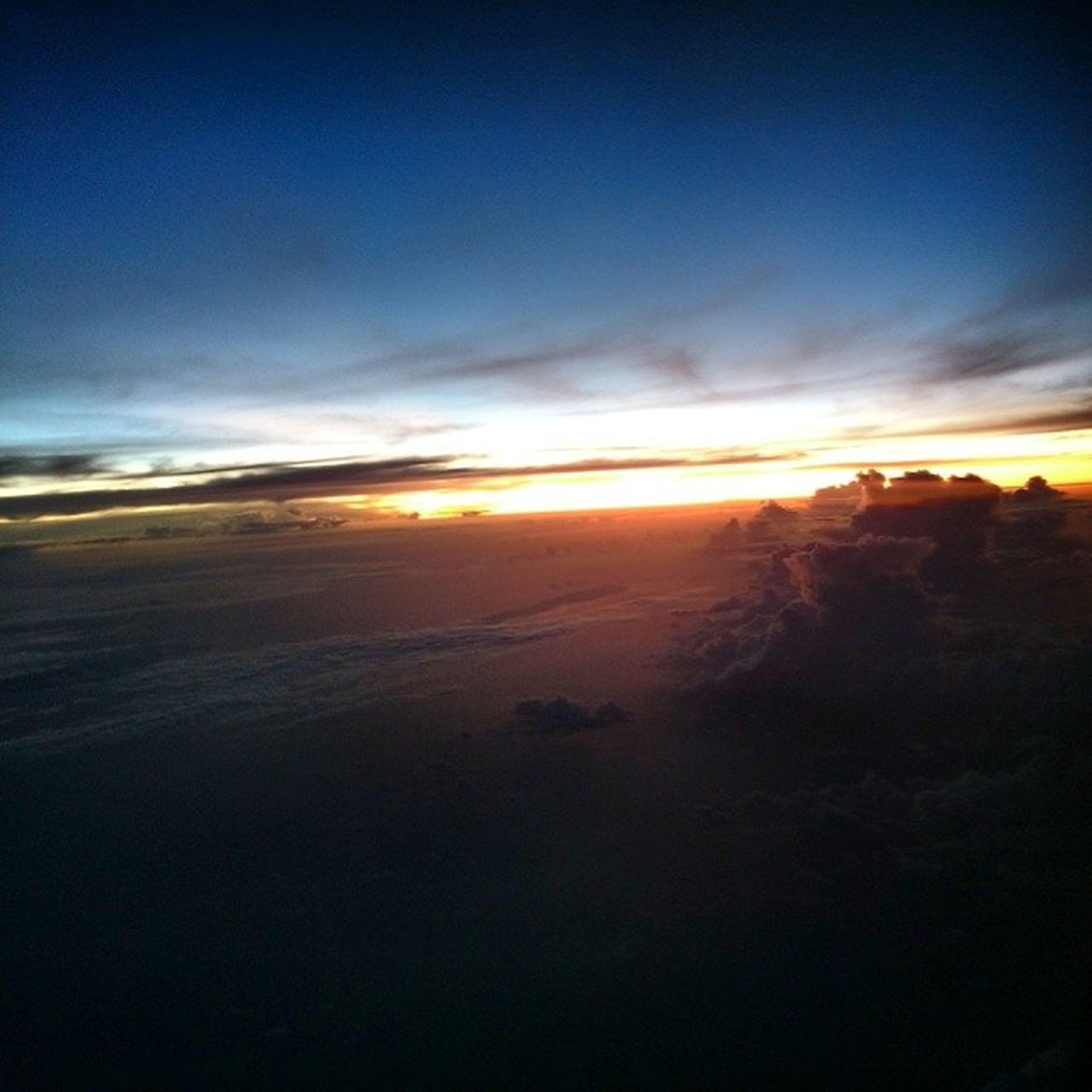 sunset, scenics, tranquil scene, sky, beauty in nature, tranquility, sun, cloud - sky, nature, idyllic, orange color, silhouette, sunlight, sea, cloud, landscape, beach, outdoors, horizon over water, no people