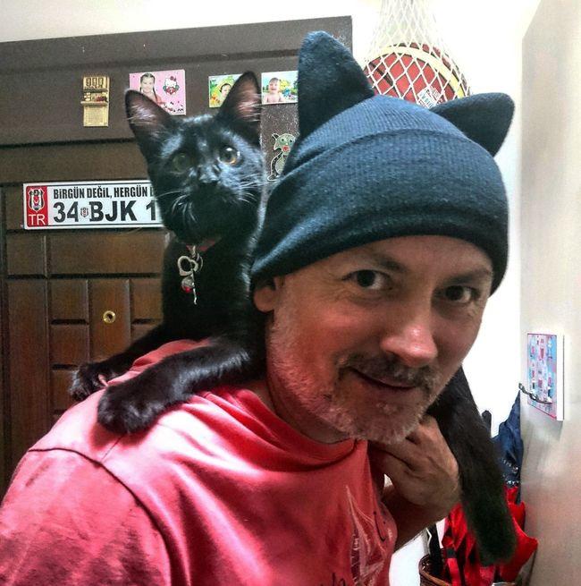 Portrait Headshot Casual Clothing Looking At Camera Winter Coat Cats Of EyeEm Cats 🐱 Cat Eyes Catlover BLackCat Blackcatpower Blackcatbeauties Beşiktaş ❤ Beşiktaşk