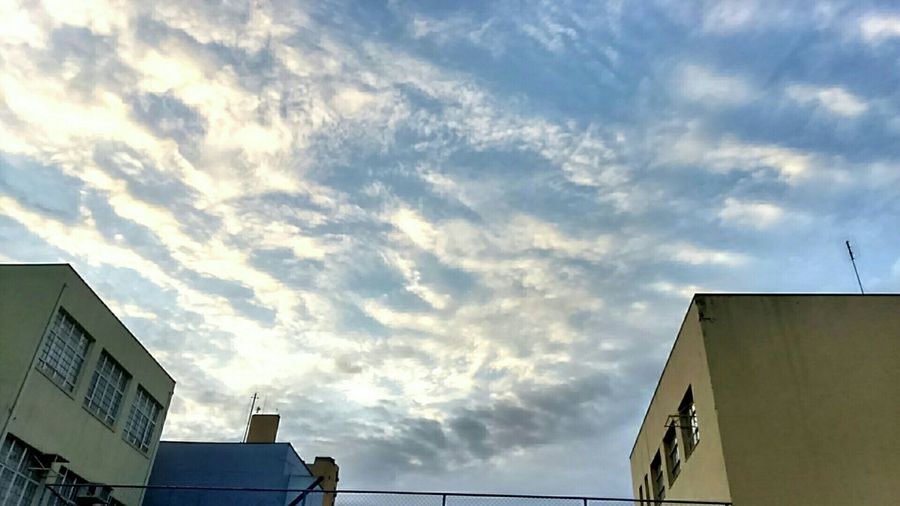 Blue Sky Clouds And Sky Cloudporn Skyporn Beutiful Day Sky And Clouds Nofilternoedit Goodmorning Shcool Days 📚 Nice Photo 🌞☁💞😉