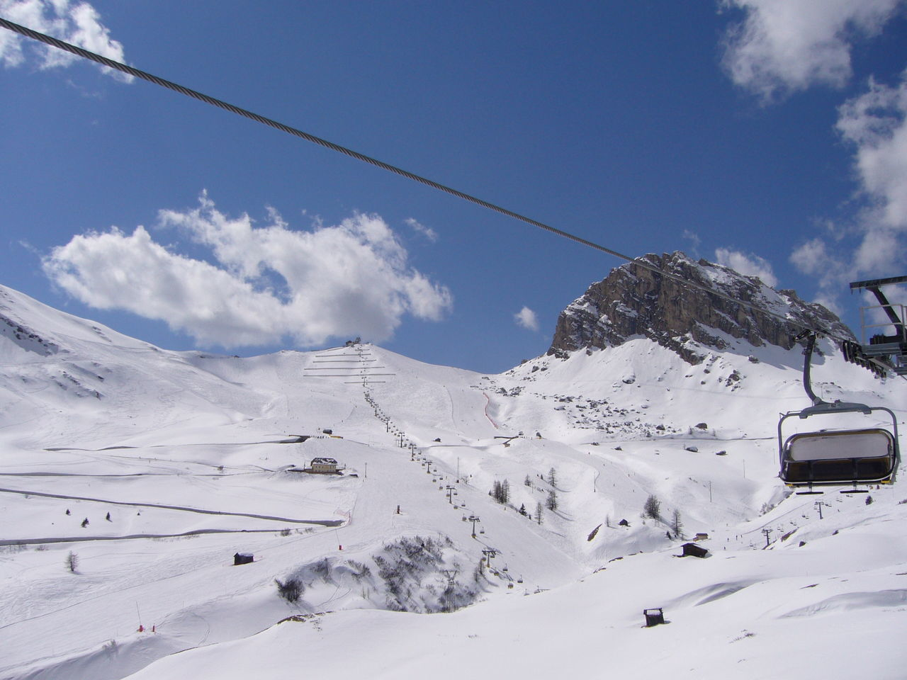 Snow Landscape Cold Temperature Nature Winter Outdoors Day Ski Lift Sky Beauty In Nature Mountain Skiing Scenics Snowcapped Mountain Beauty In Nature ❤️❤️ Somewhere Over The Rainbow Scenics Nature Scenics Landscape Winter Dolomiti Skyline Blue And White Ski Slope Miles AwayBeauty In Nature Dolomiti Italy