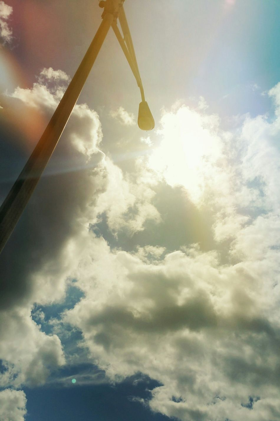 Taking Photos Taking Pictures Sunlight Obscured Extreme Angles Sun And Sky Clouds And Sky Beautiful Sunlight Sunshine ☀
