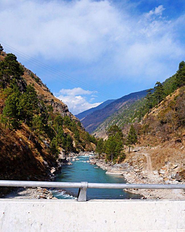 Travel Photography Tibet. Mauntains Beautiful Day Beautiful View Beautiful Nature EyeEm Sky Lover EyeEm Nature Lover Beautiful Sky I Love Nature!