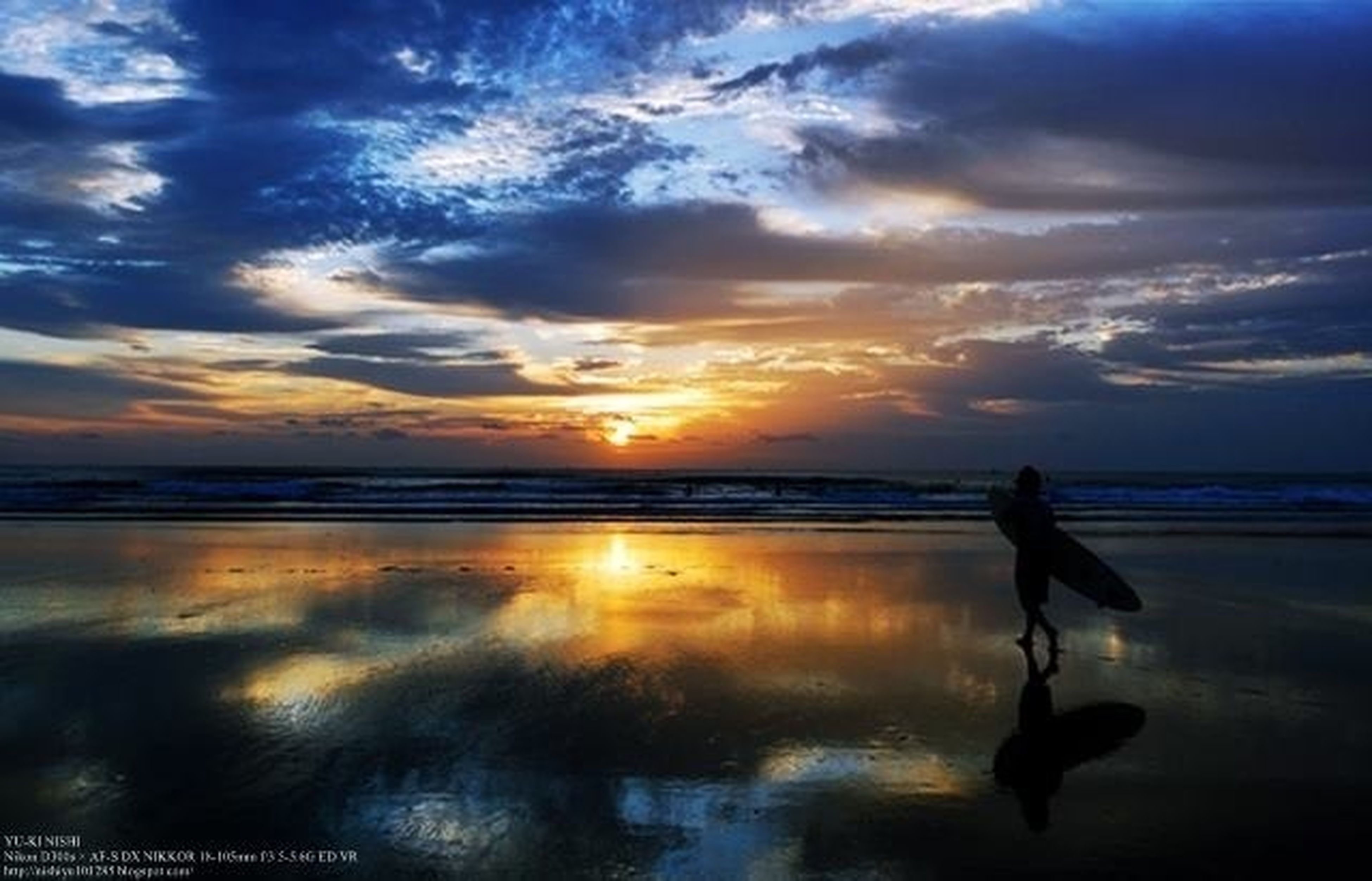 sunset, horizon over water, water, sea, sky, beach, reflection, scenics, cloud - sky, beauty in nature, orange color, shore, tranquil scene, silhouette, tranquility, idyllic, cloud, nature, sun, cloudy