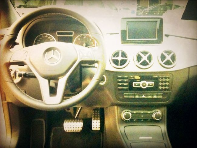 Checking in at Mercedes-Benz Taiwan 台灣賓士 Checking In
