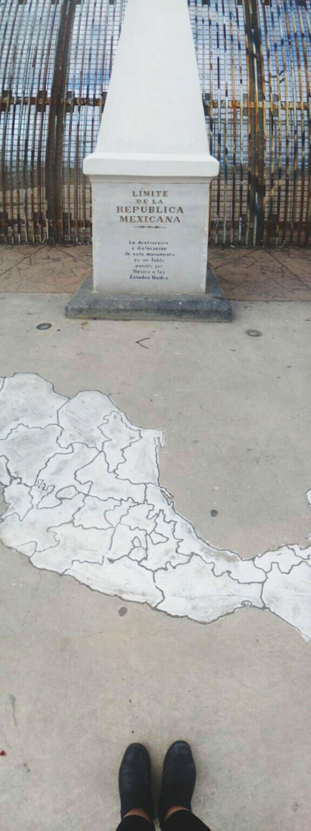 Visa por favor... Fronteras Tijuanaborder Tijuana
