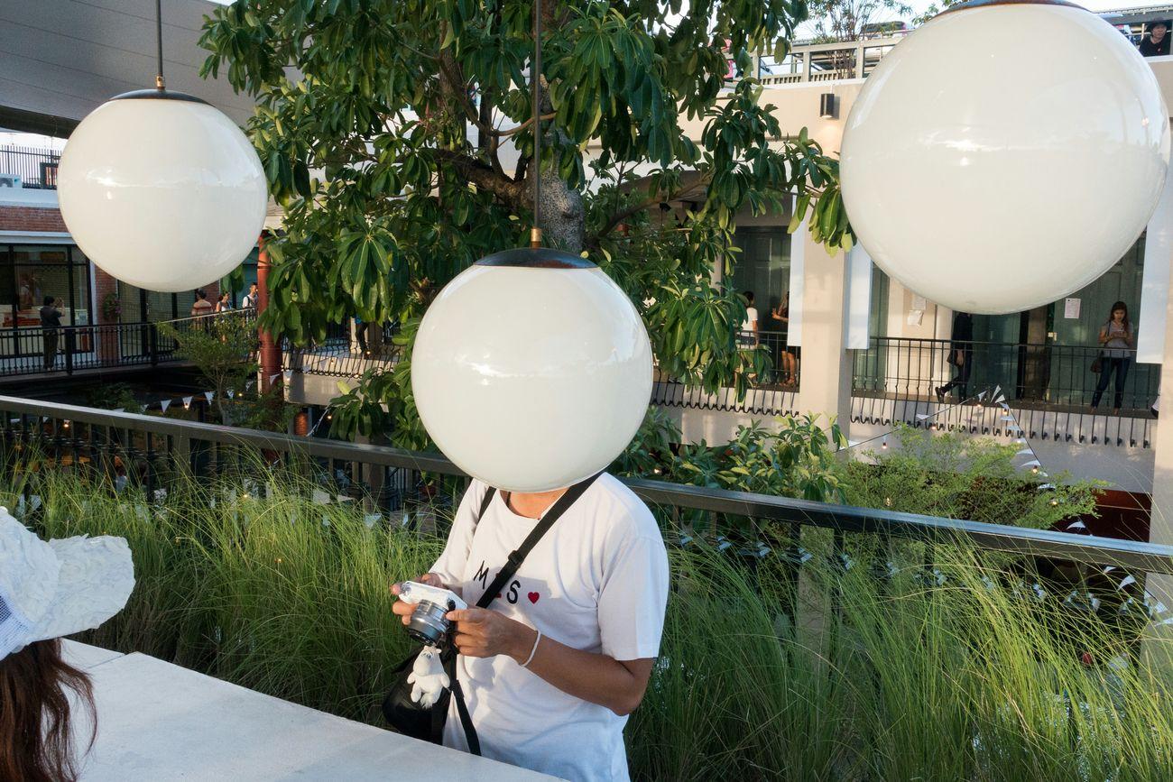 Bald Ball Baldhead White Bald Head Balloon Head Sony Rx100 Iii The Human Condition No Hair Light Bulbs Urban Lifestyle