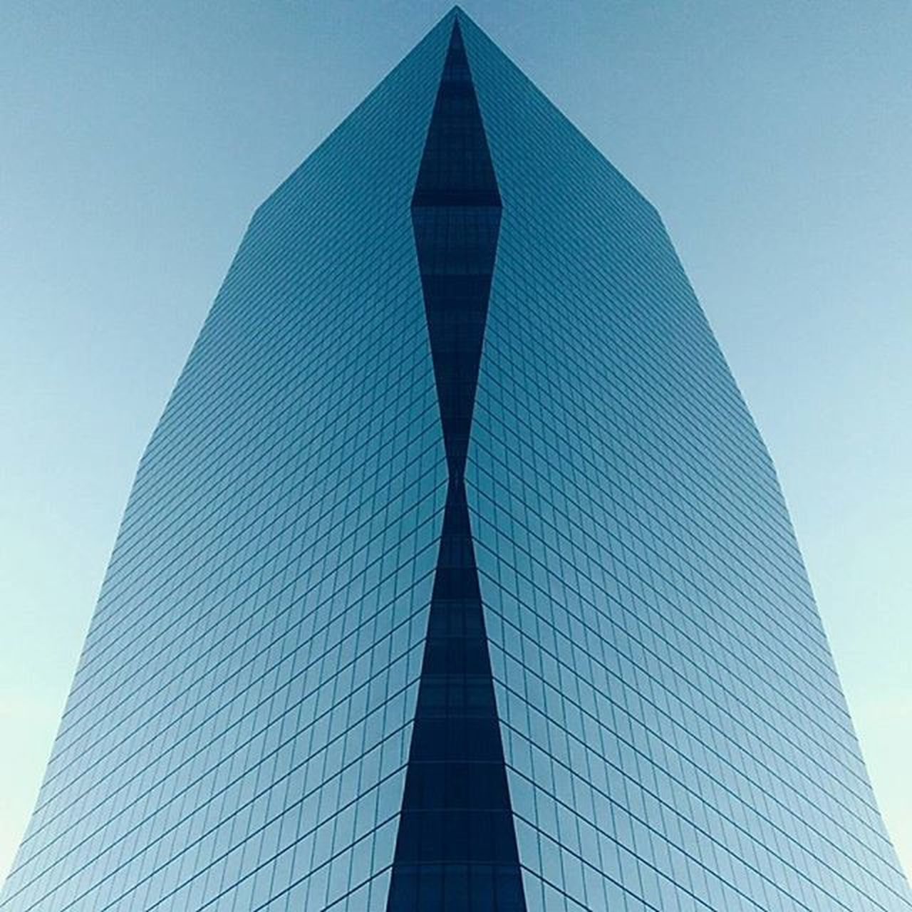 In Blue Architecture_collection Architectural Feature Architecturelovers Architectural Detail Architectureporn Symmetrical Blue Blue Wave The Architect - 2016 EyeEm Awards