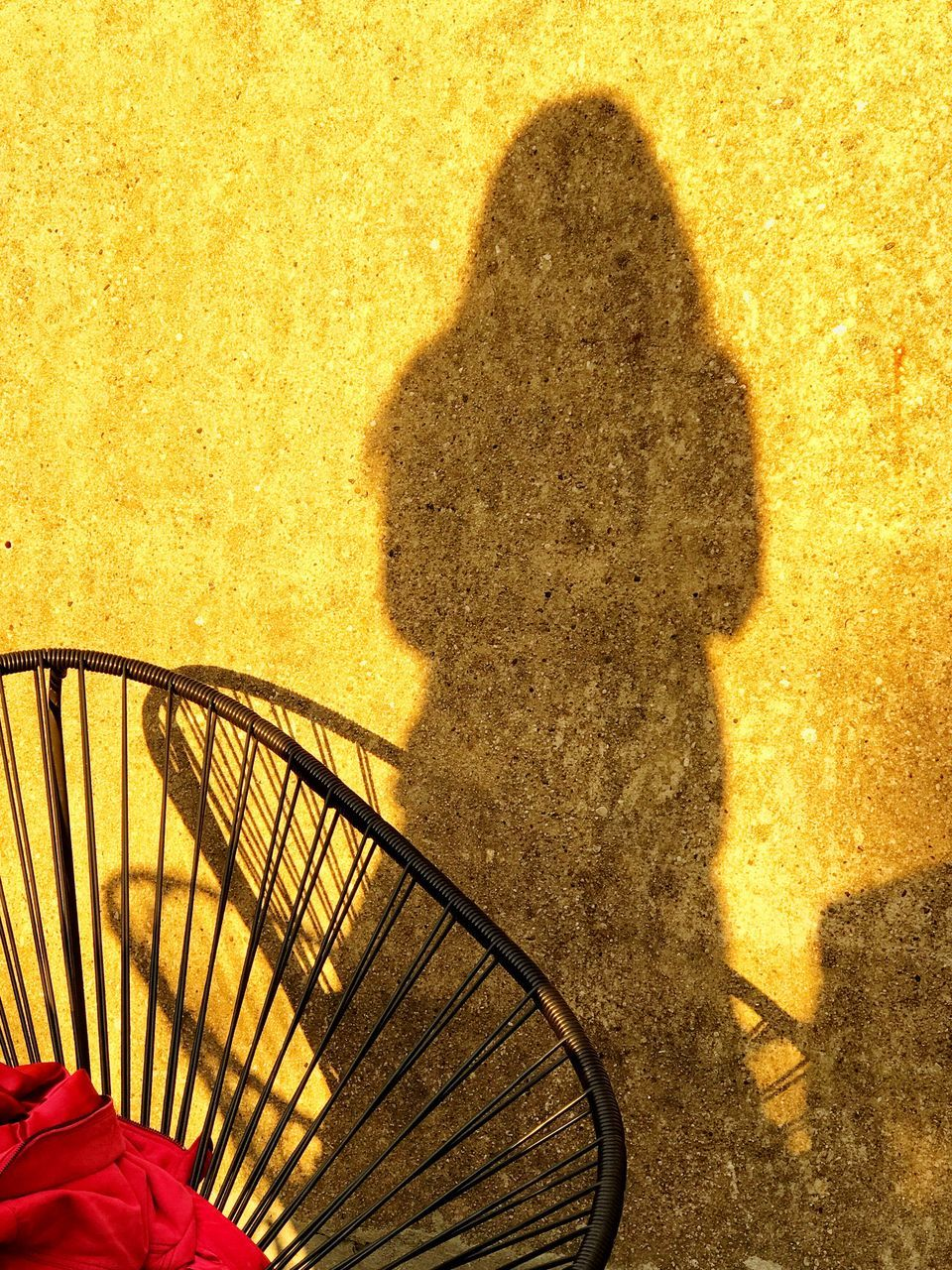 shadow, sunlight, one person, real people, outdoors, day, low section, people