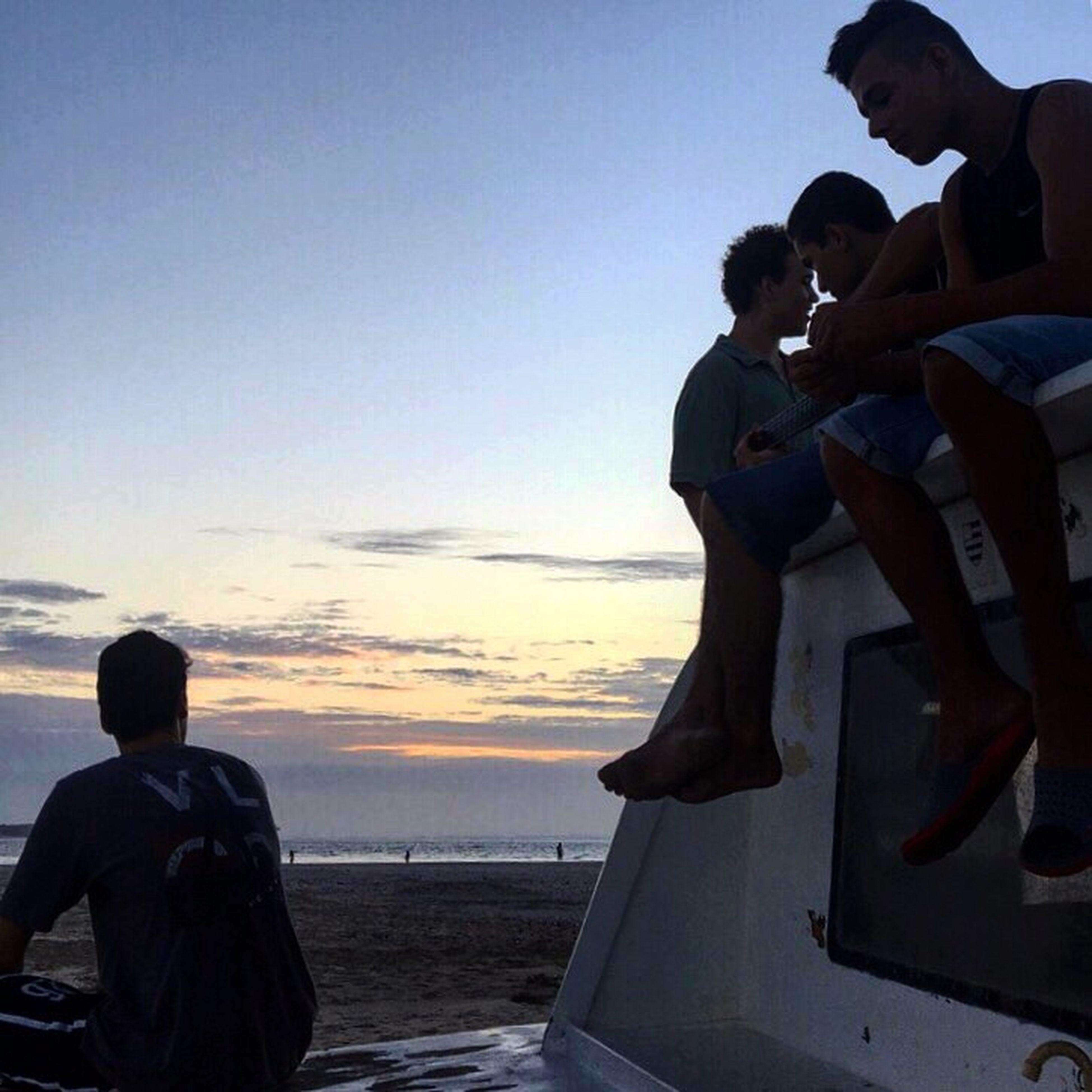 Brazilian Friends Enjoying The Moment Taking Photos Hello World Relaxing