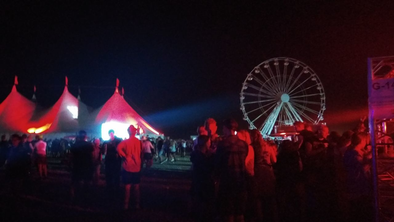 Southside Festival Southside 2017 Festival Tents Ferris Wheel Concerts Arts Culture And Entertainment Large Group Of People Night Ferris Wheel Red Illuminated Nightlife People Outdoors Crowd Sky Adult Adults Only Let's Go. Together.