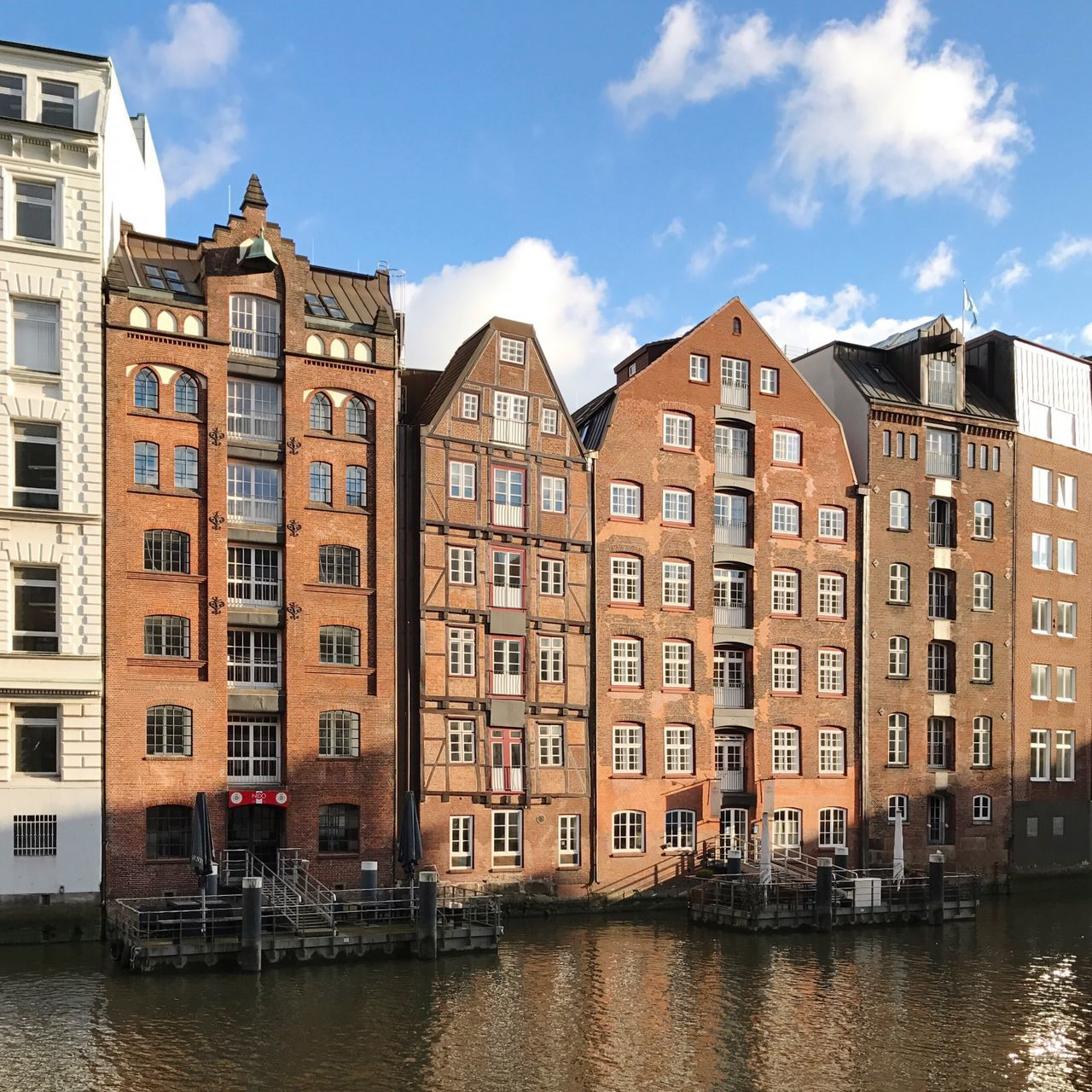 Hamburg Germany Altstadt Fleet Historical Building Architecture Building Exterior Sky Built Structure Waterfront City Travel Destinations Row House No People Residential Building Water Outdoors Day Townhouse
