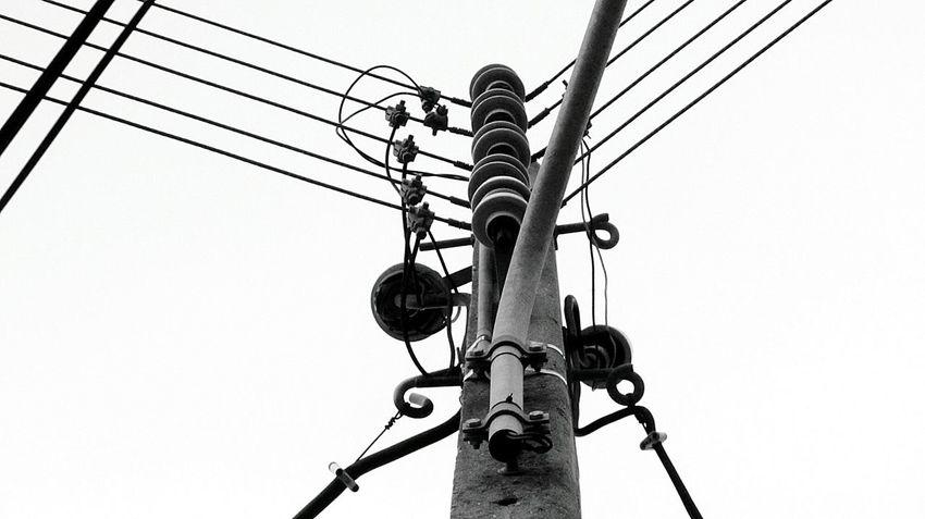 Electric Lines... Electricline Electric Lines Electric Wire Taking Photo Eye For Photography Taking Photos Takingphotos
