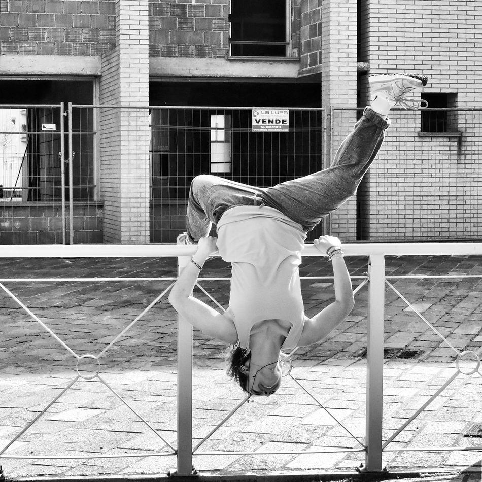 Upsidedown Enjoying Life Friend Parkour Hello World Blackandwhite Urban Sports