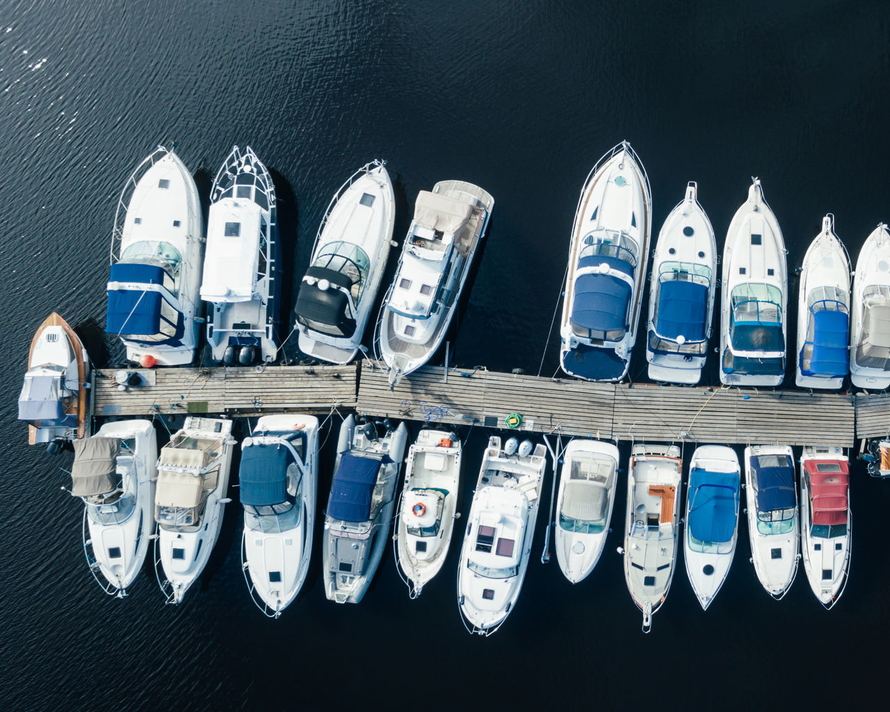 A Bird's Eye View Aerial Aerial Shot Aerial View Boat Boats Group Of Objects Lake Large Group Of Objects No People Sea Travel Variation Yacht