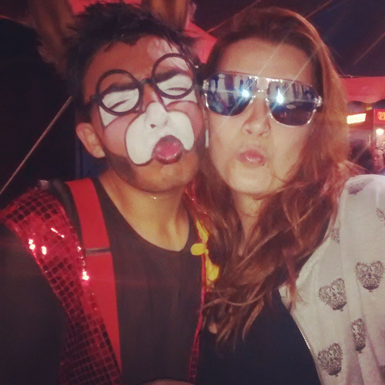 Só no circo pra eu colocar um óculos desse mesmo hahhahaha Tubinho Burro Oculoszica