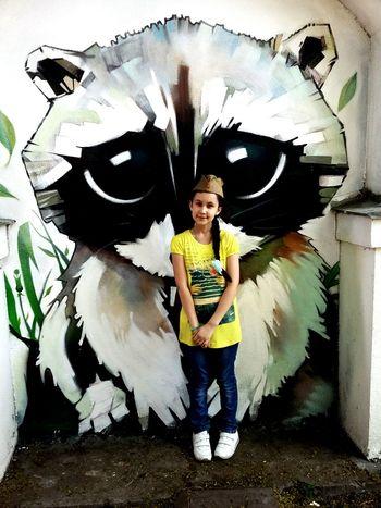 9 мая день победы 9 мая 2016 9 мая девочка в берете московский зоопарк московскийзоопарк День Победы Граффити