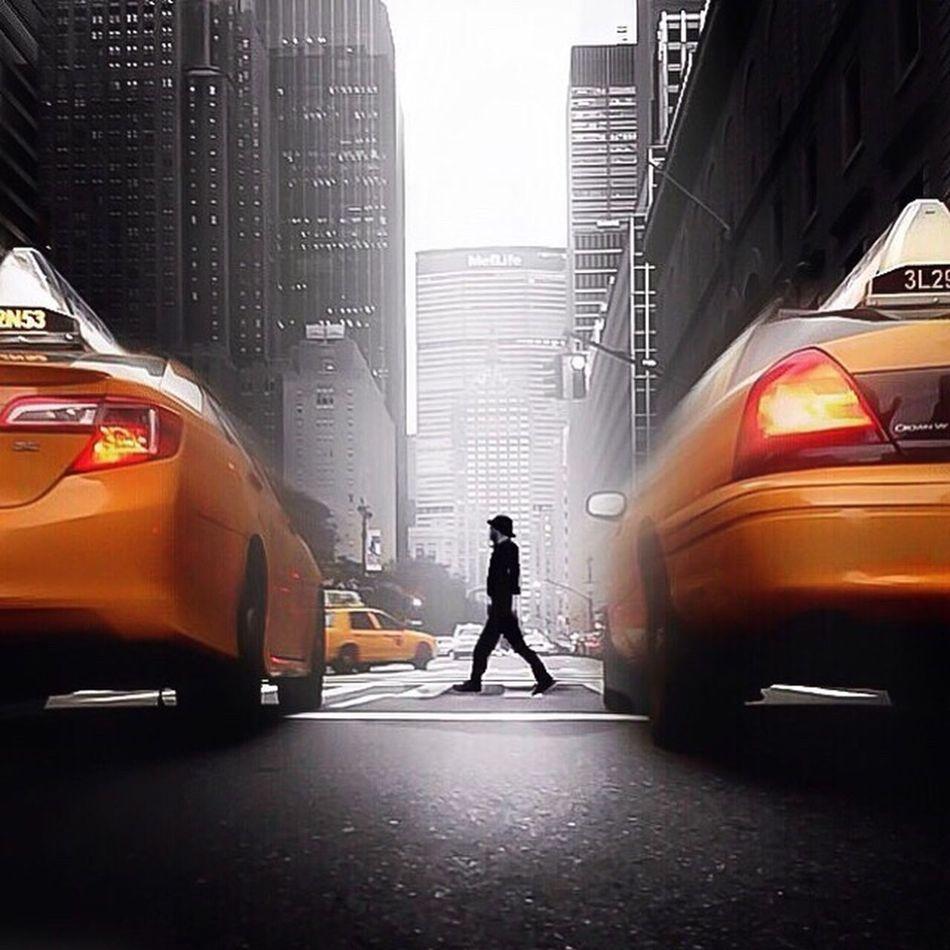 Streetphotography Streetphoto_bw Newyork Taxi Blackandwhite NYC City Skyline