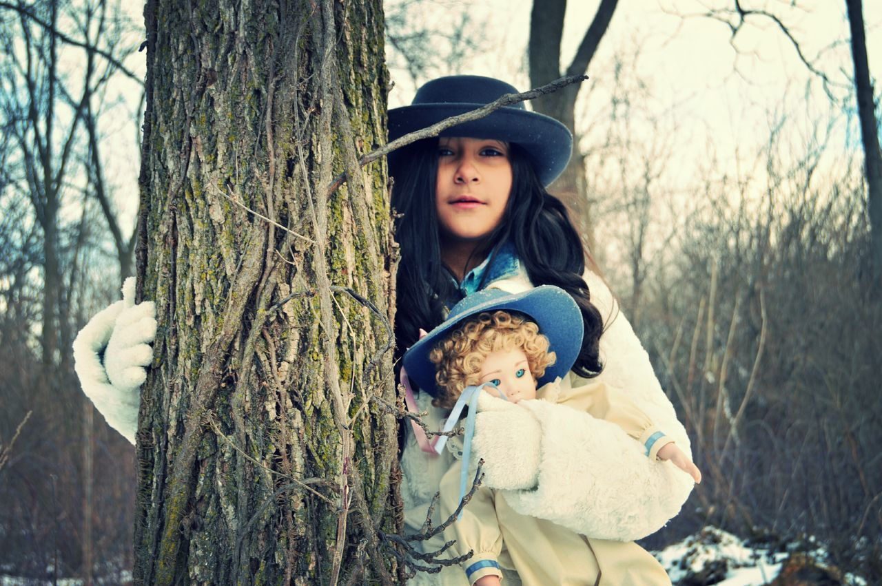 Littlesister Winter Porcelaindoll Hat Forest Scared Lost Portrait It's Cold Outside The Portraitist - 2016 EyeEm Awards